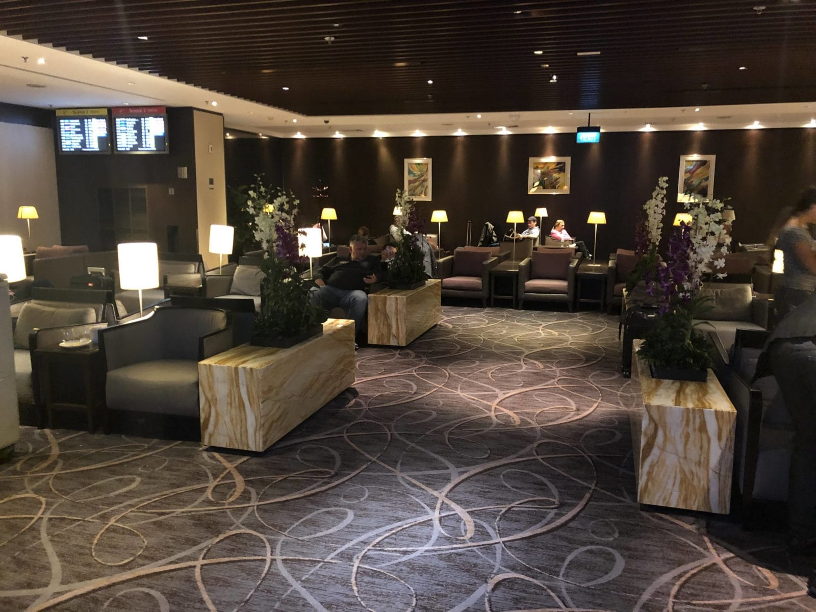 Singapore Airlines SilverKris Lounge Terminal 2 Sitzbereich in der Lounge