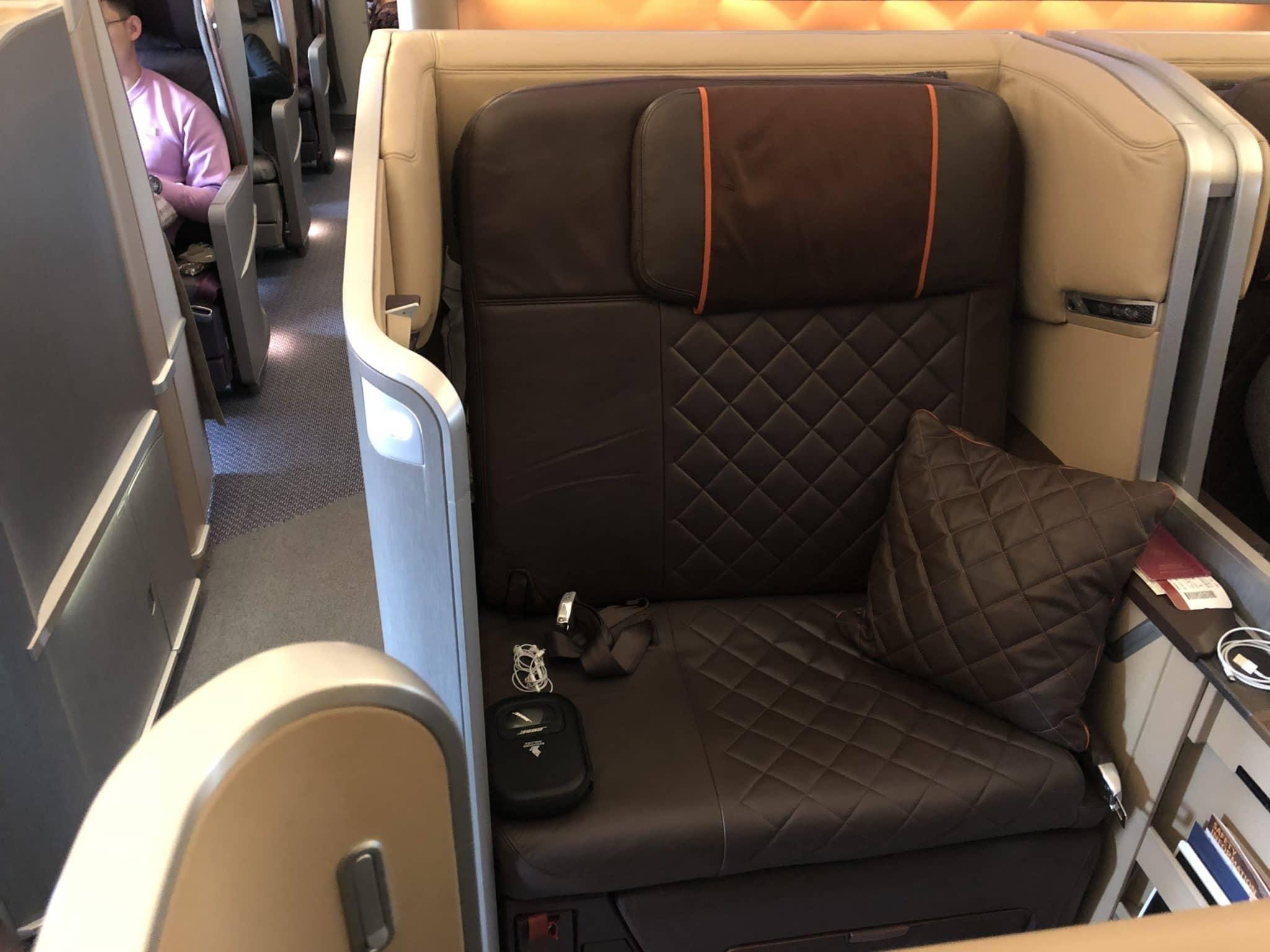 Singapore Airlines First Class Boeing 777-300 First Class Sitz 1D