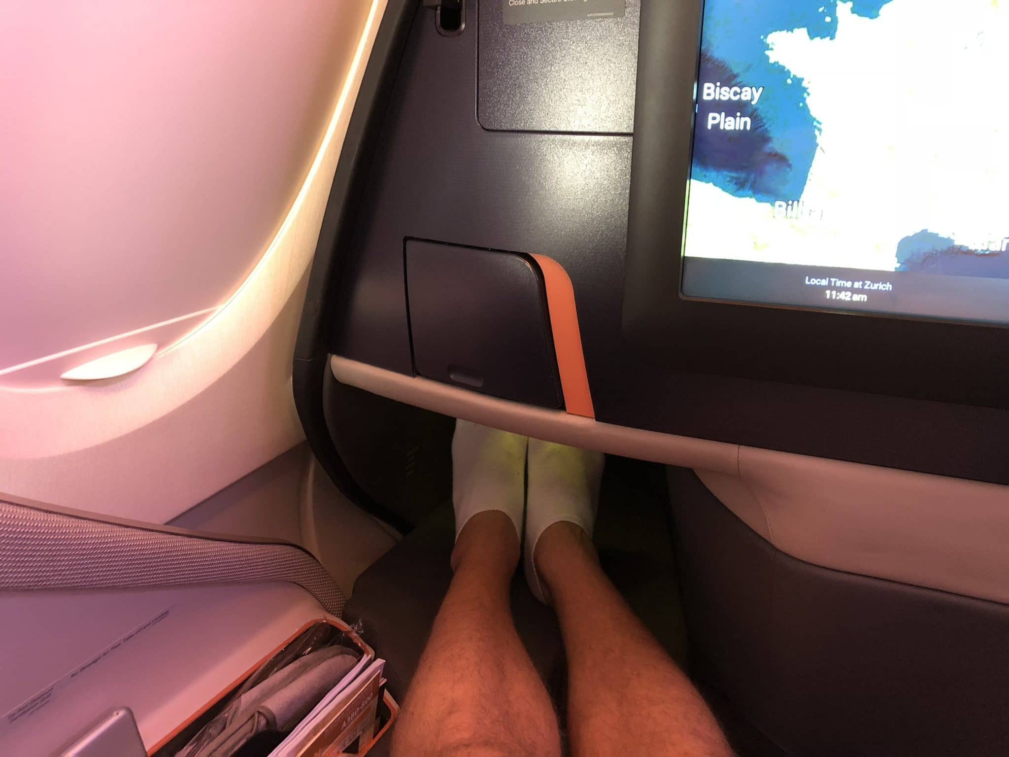 Singapore Airlines neue Business Class A380 Ablage Füße