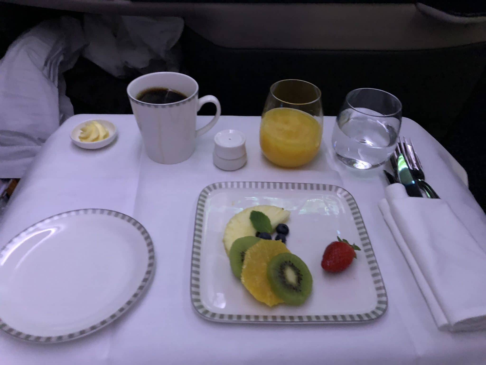 Singapore Airlines neue Business Class A380 Vorspeise Fruehstueck