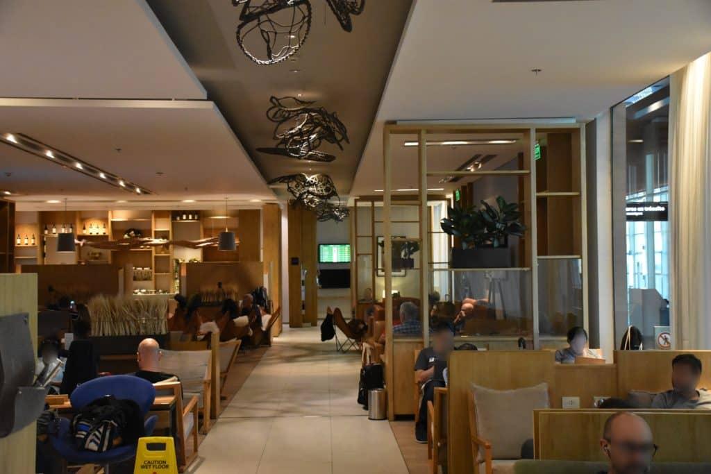 Blick aus dem hinteren Bereich in die Star Alliance Lounge Buenos Aires