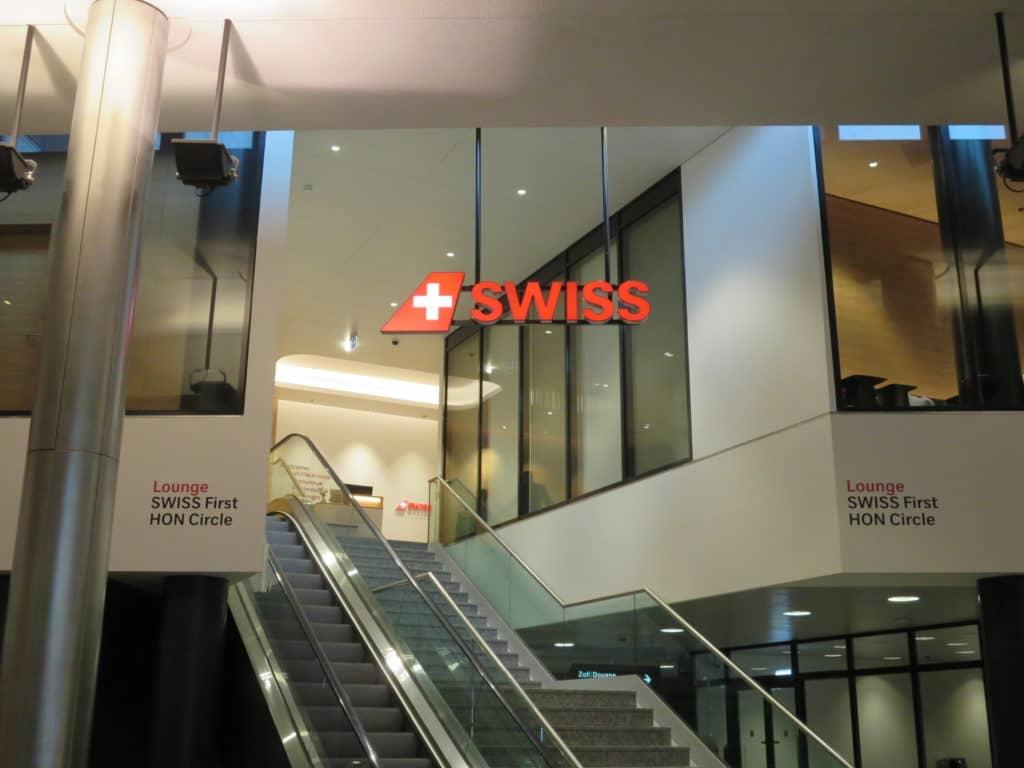 Die Swiss First Class Lounge Zürich A ist direkt aus dem Hauptterminal zu erreichen