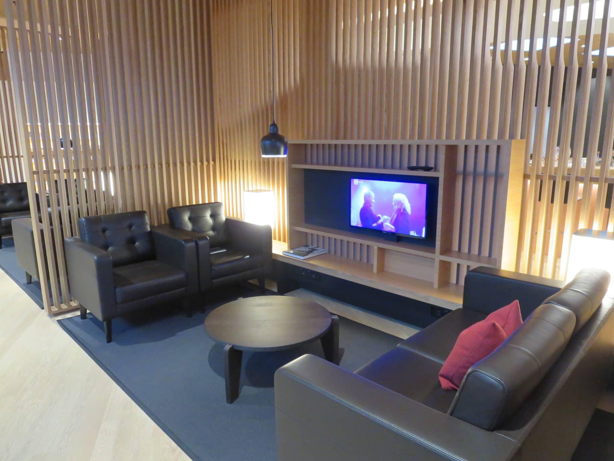 Swiss First Class Lounge Zürich A Sitzgelegenheiten
