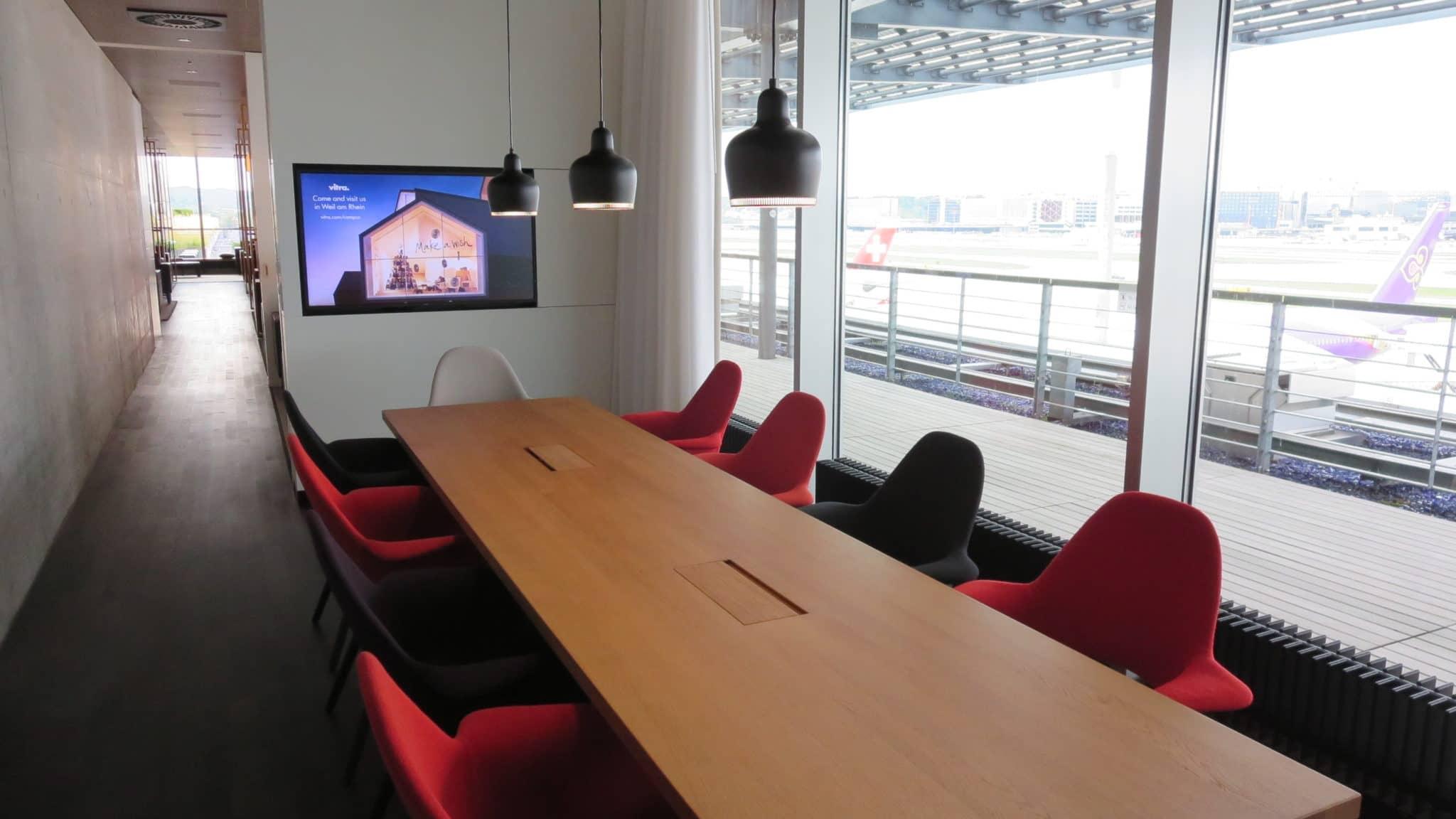 Swiss First Class Lounge Zürich E Konferenzraum