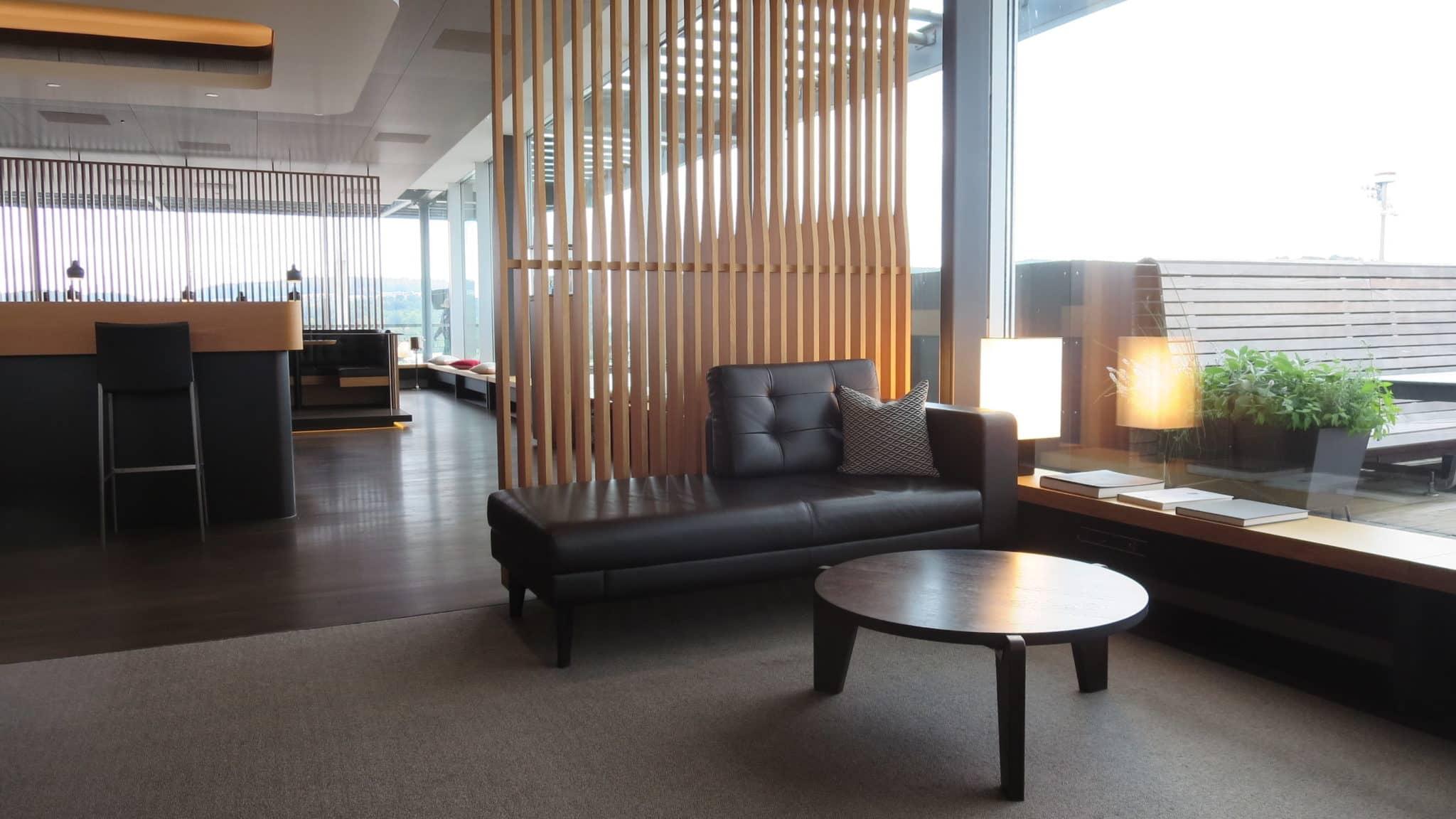 Swiss First Class Lounge Zürich E Sitzgelegenheiten