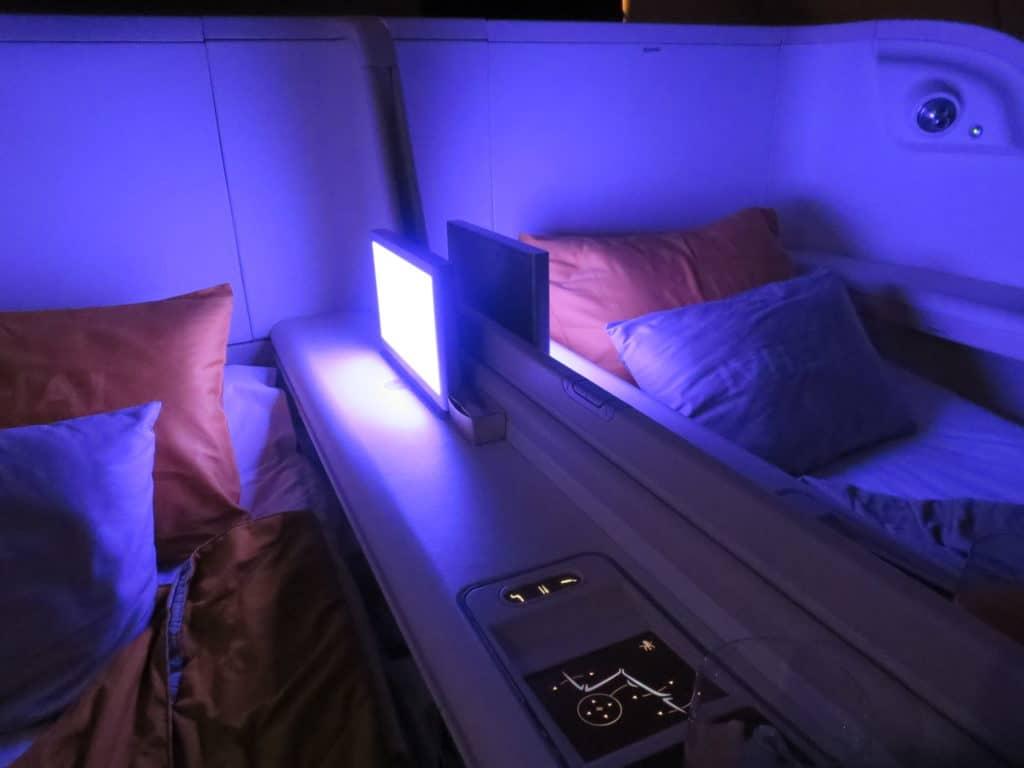 In der Thai Airways First Class an Bord des A380 lässt sich ein Nachtflug gut überstehen