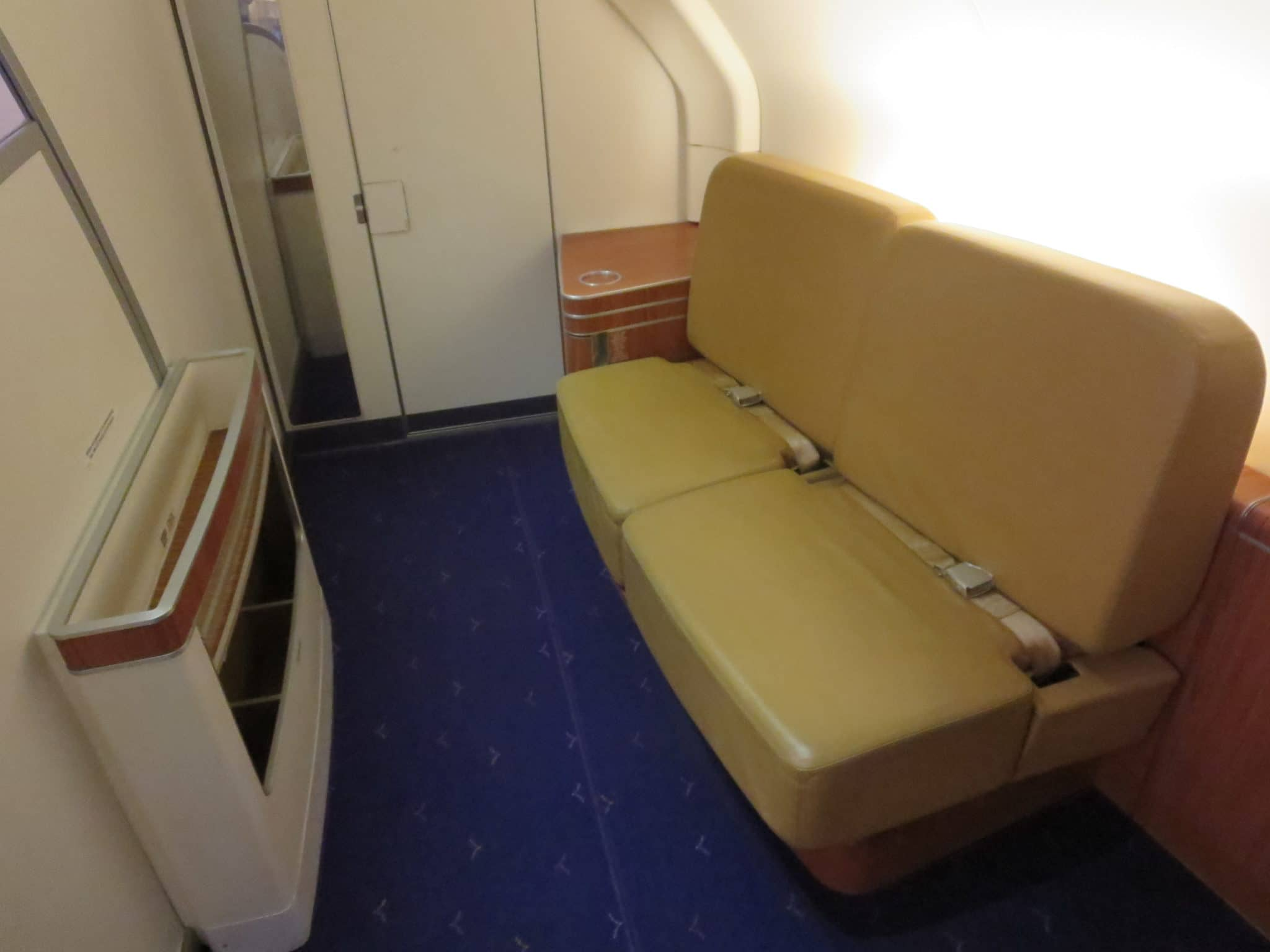 Thai Airways First Class A380 Sitzecke