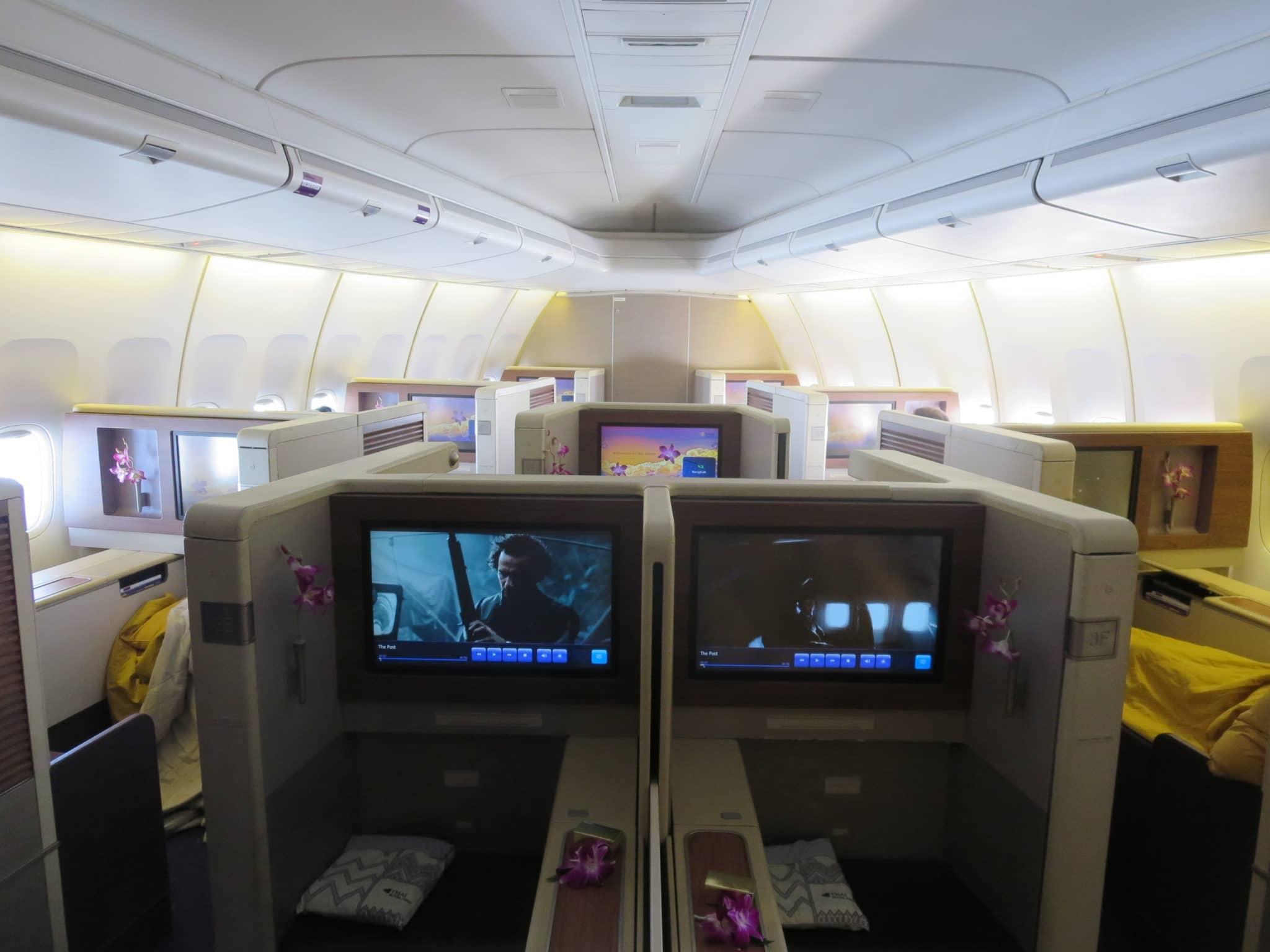 Thai Airways First Class Boeing 747 Kabine