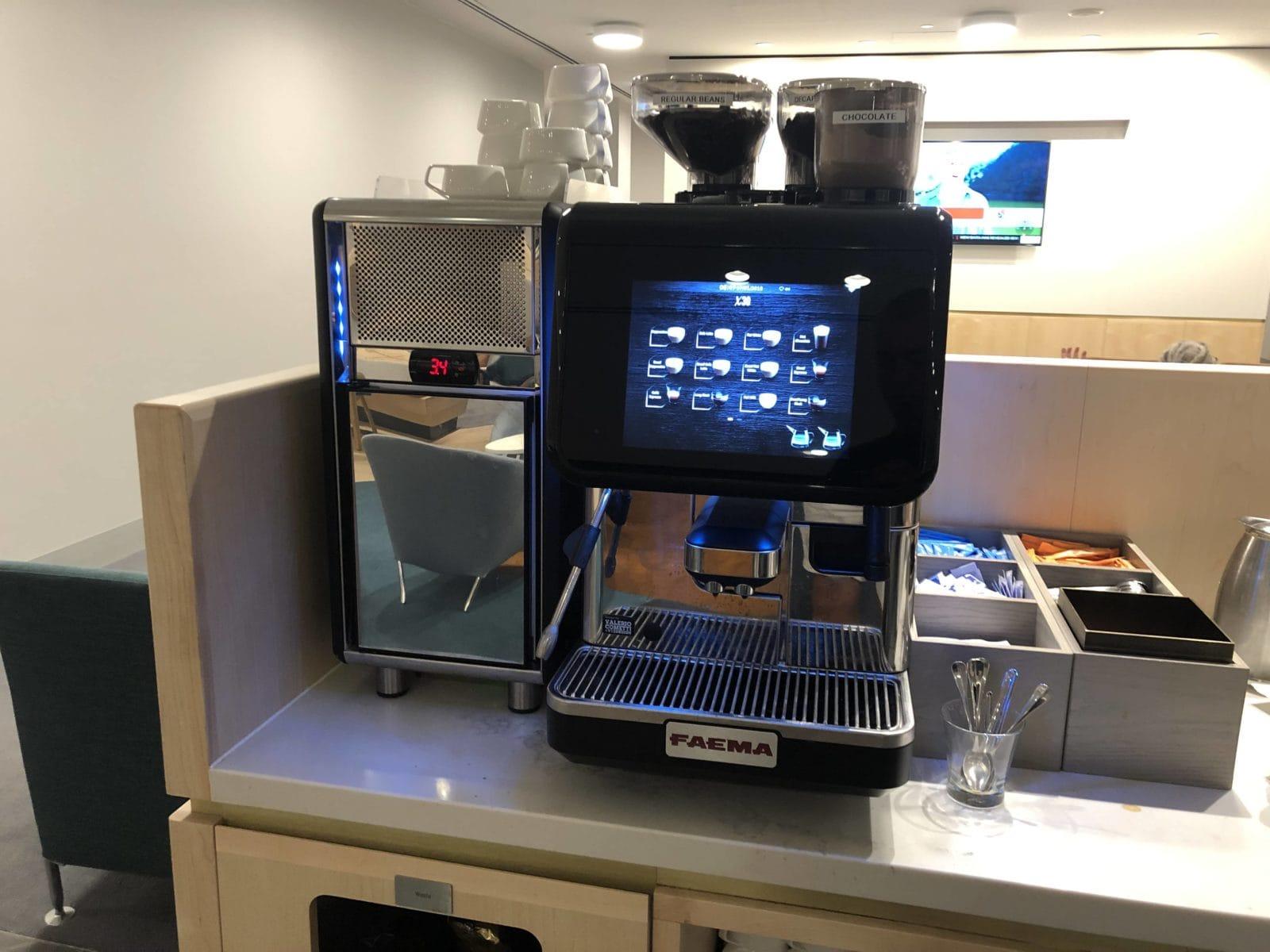 The Qantas Club Melbourne Kaffeemaschine
