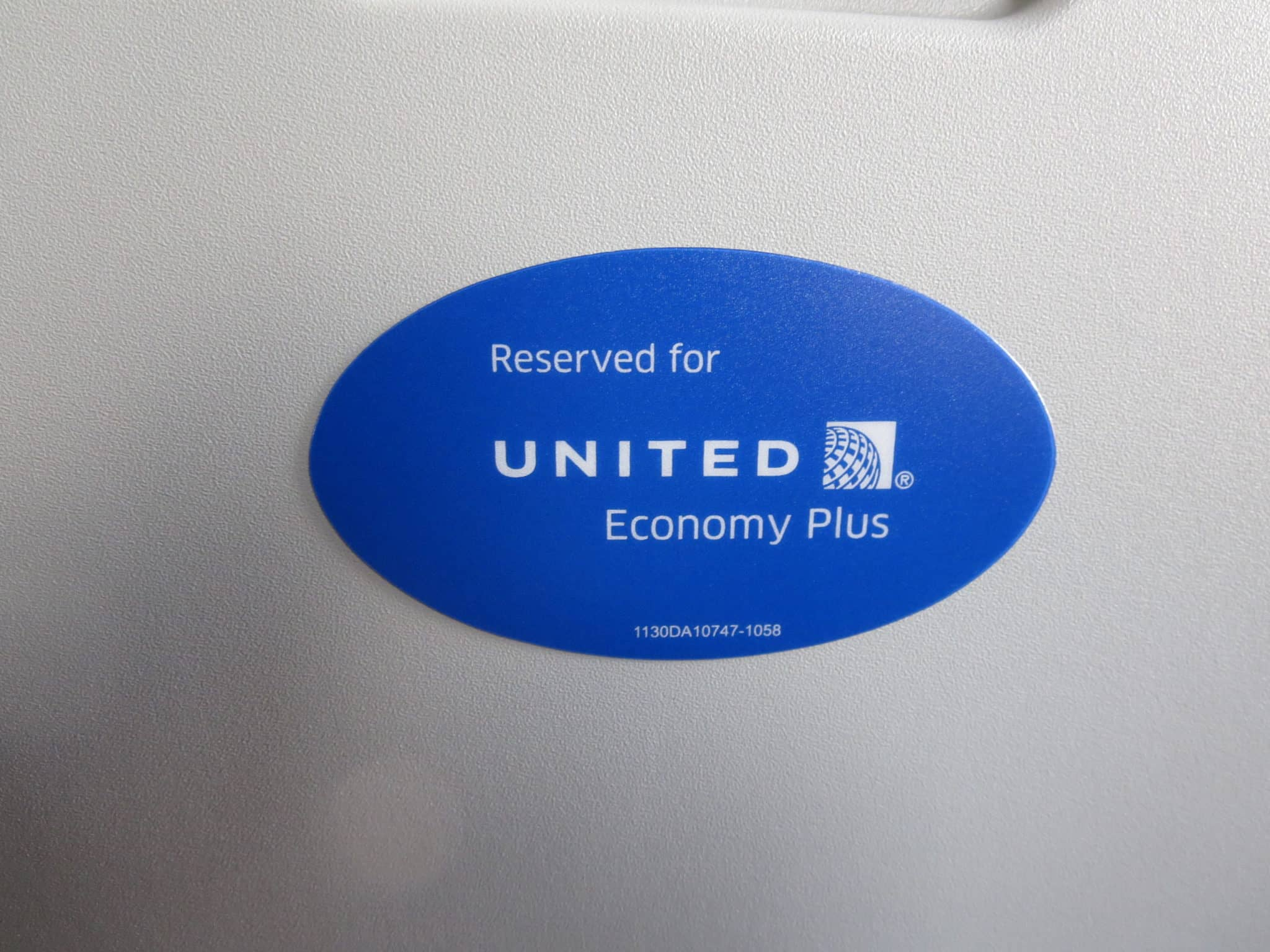 United Island Hopper Economy Plus