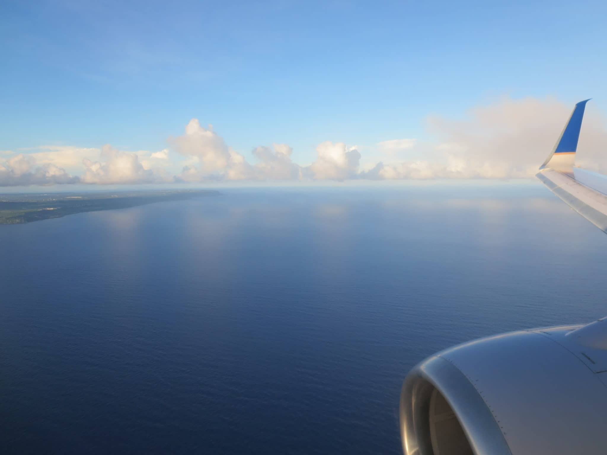 United Island Hopper Landeanflug Guam