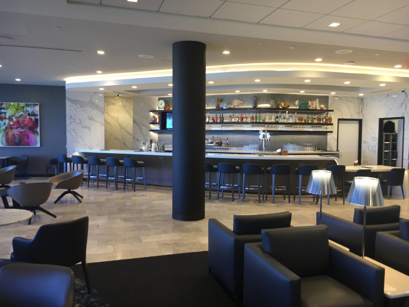 United Polaris Lounge LAX - Bar