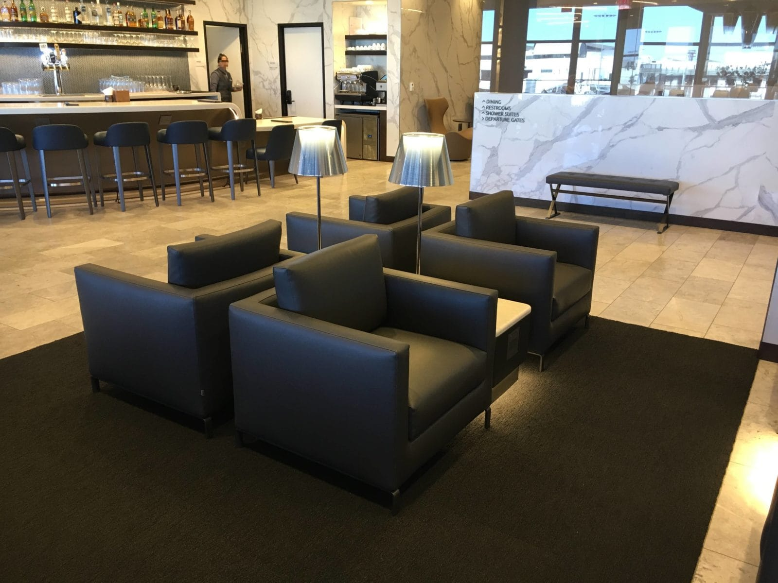 United Polaris Lounge LAX - 4er Sitzgruppe